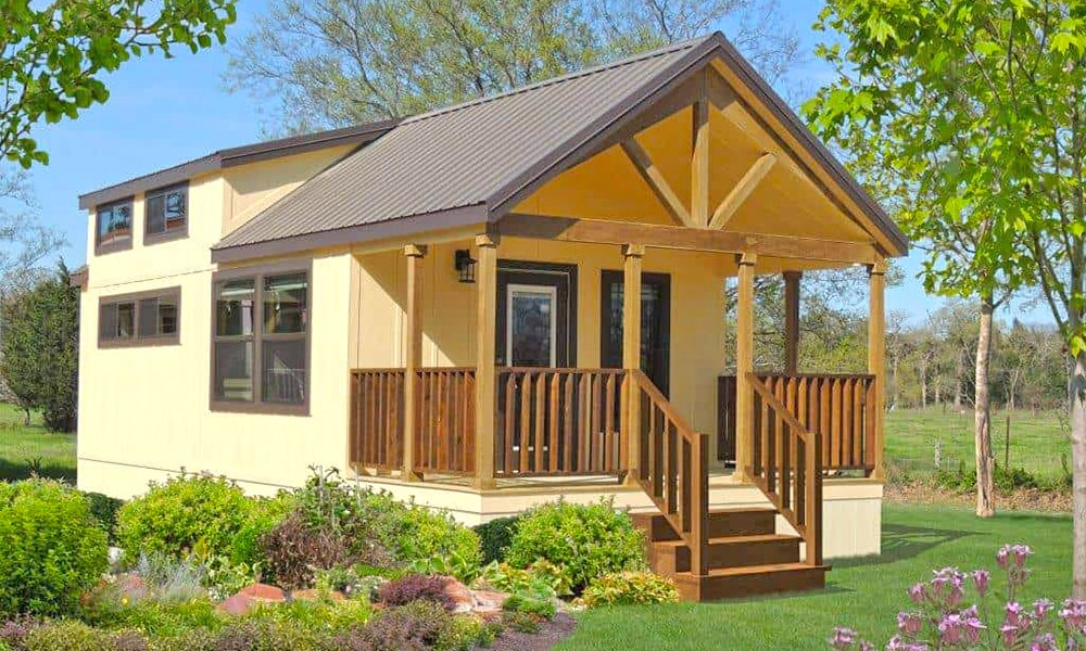 Describing the differences between modular and manufactured home insurance