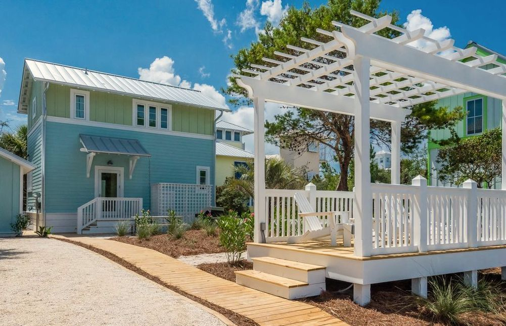 Home Insurance in Bay County, FL: Companies & Premiums