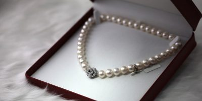 Does Homeowners Insurance Cover Lost Jewelry?